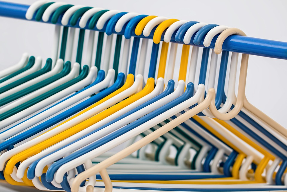 clothes-hangers-582212_960_720